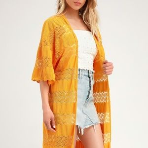 NWT Lulus golden yellow short sleeve lace kimono